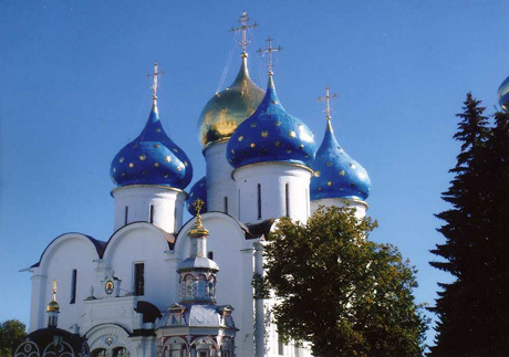 Beauty of the church domes near Peterhof